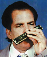 Prabahkar Anchan, virtuoso on harmonica
